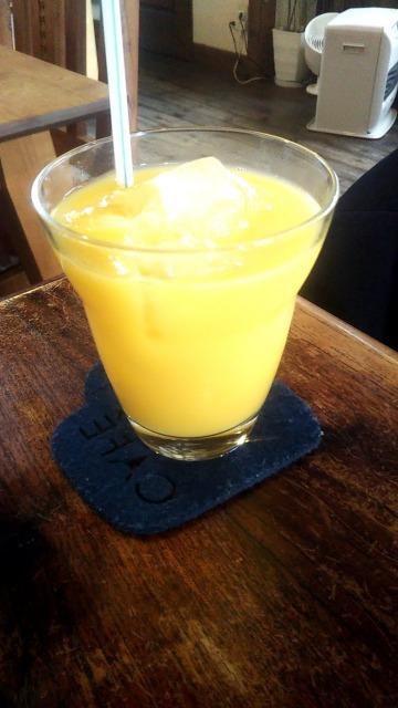 cafe 鈴木製作所のオレンジジュース