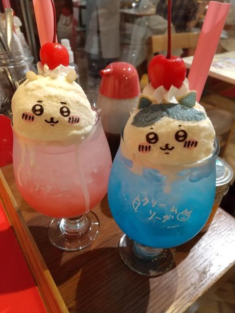 ちいかわカフェのクリームソーダ